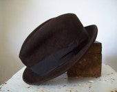 Vintage fur felt fedora chocolate brown by Foreman and Clark impeccable condition