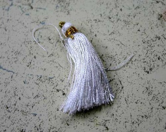 4pcs Tassel Charms Silk Imit White Colors 2 Pair 1 3/4 Inches