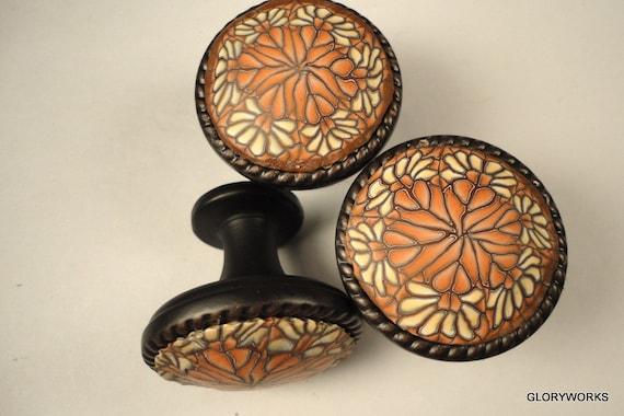 SIX- Cabinet Knobs / Pulls      Oil Rubbed Bronze....Vanilla & Cinnamon