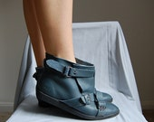 1990s teal blue bandage buckle ankle boots 8