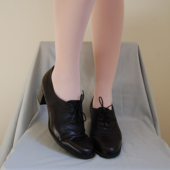 1980s LIBRARIAN black leather oxford heels 10.5