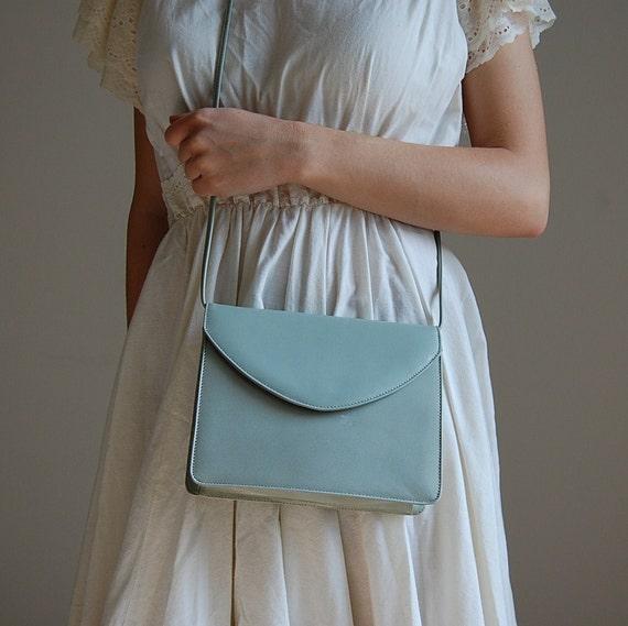 1980s SEAFOAM green color leather purse