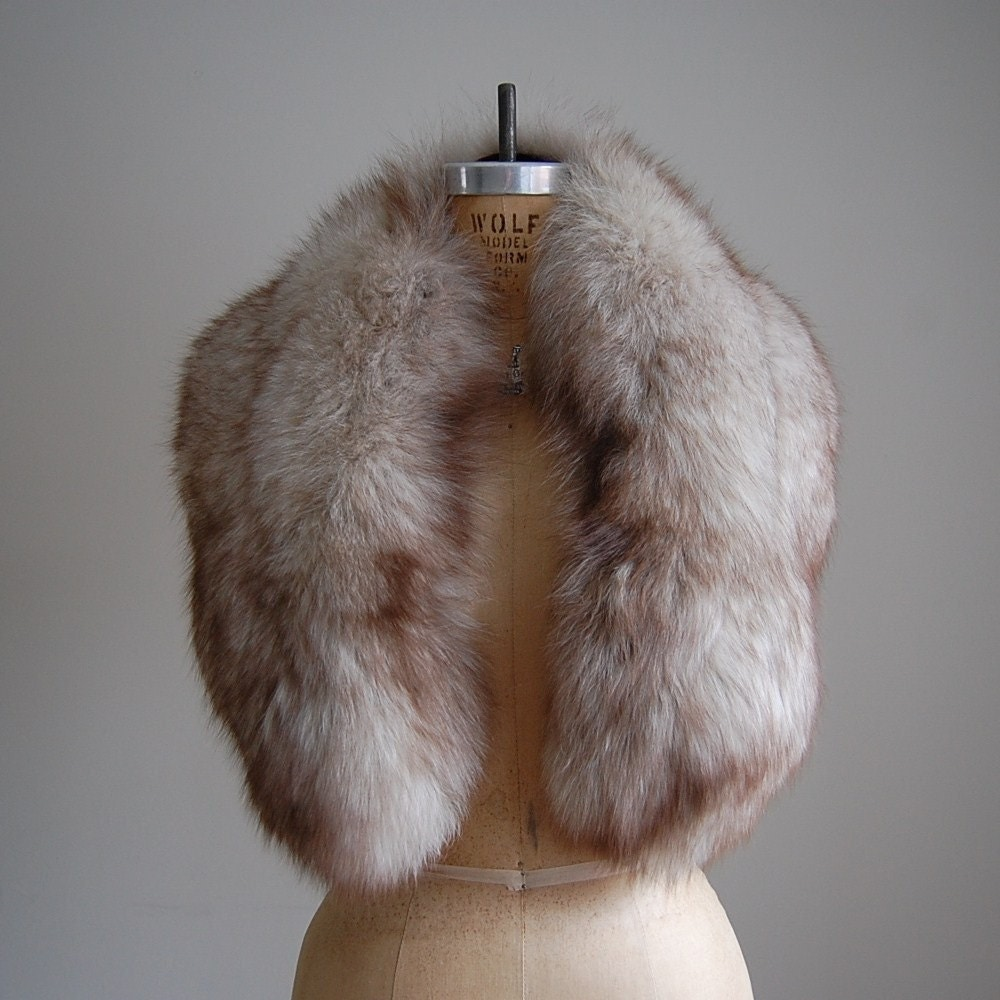 1950s glamorous fox fur stole - Polsterstoffe fur stuhle ...