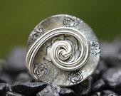 Rose Pewter Button Ring