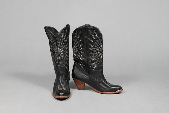 Vintage DINGO Black and Silver Cowboy Boots Size 6