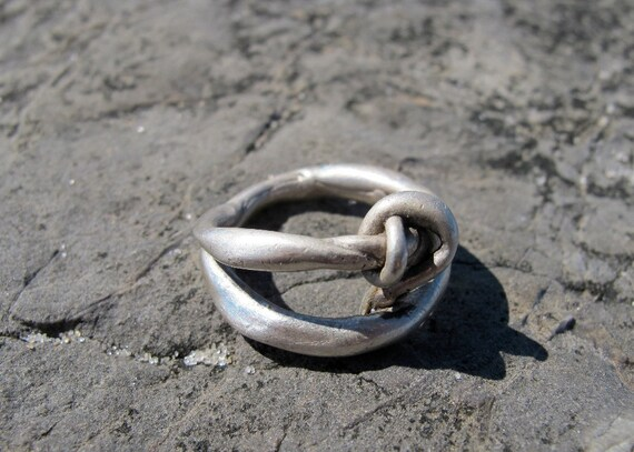Esoteric Men's  Sterling Silver Knot Ring, size 9