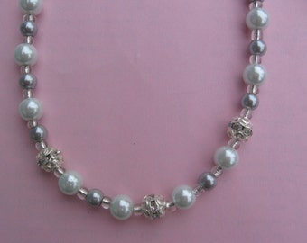 White and Silver Pearl Necklace With Rhinestones