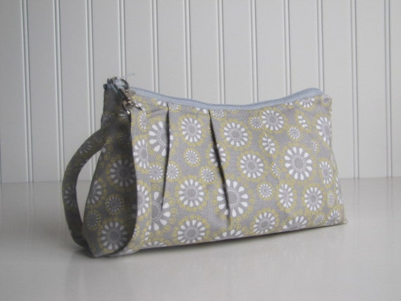 Pleated Wristlet Zipper Pouch - Floral Daisy Yellow and Grey - LAST ONE