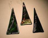 Green Wire Glass Ornament