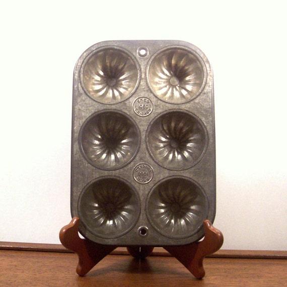 Vintage Ekco 1060 Muffin Tin Metal Bakeware Pan