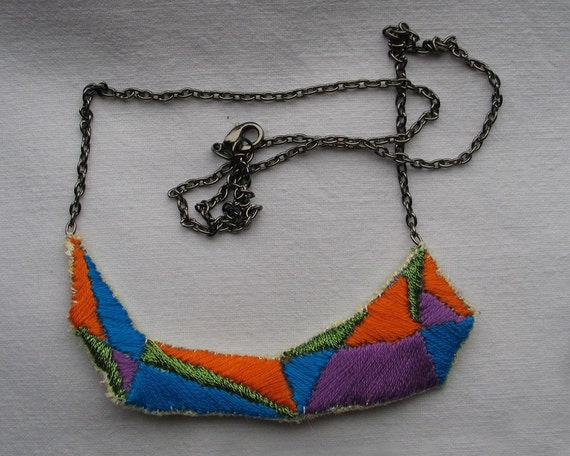 Sparkly Triangles - ORANGE - Necklace