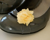 Small / Petite Fabric Flower Shoe Clips with a Vintage Flair in Pale / Pastel Yellow