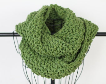 Green Hand Knit Chunky Infinity Scarf