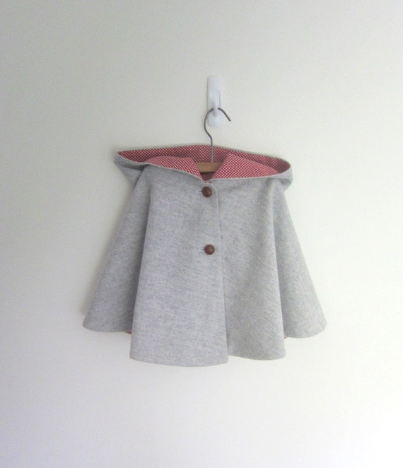 SALE Child toddlers hooded wool cape - vintage Style - size 1-2