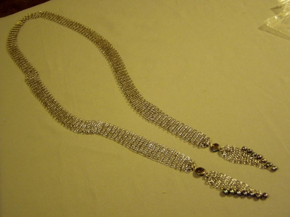 Vintage Silver Tone Chain Link Mesh Lariat Necklace WIth Freshwater Gray Pearls  1606