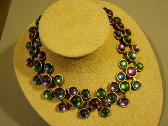 Vintage 1980s Choker Style Necklace Frosted Glass Stones Saturn Mark on Clasp 1839