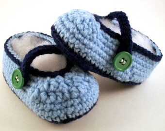 Baby Booties - light blue and dark blue