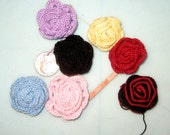 5 Crocheted Roses to Use For Hair Accessories, Clothes, Bags