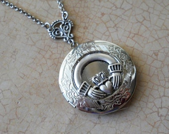 Claddagh Irish Wedding Locket