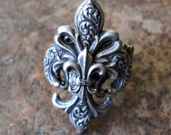 Steampunk Goth Fleur de Lis Ring ORIGINAL EXCLUSIVE DESIGN-Unisex-Steampunk Chic
