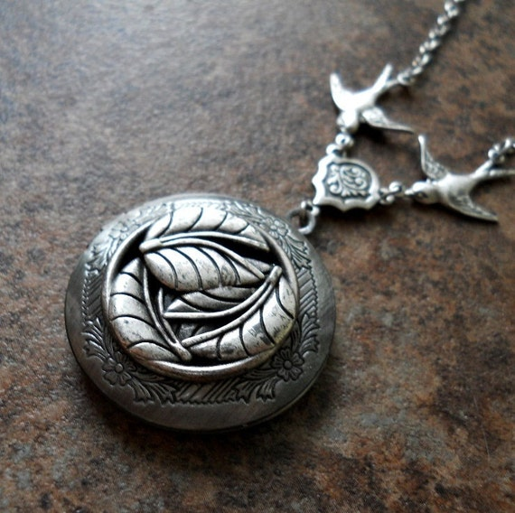 Woodland Leaves Enchanted Locket in Antiqued Silver  by Enchanted Lockets