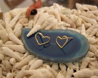 14K Gold Hearts Post Earrings