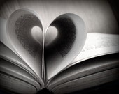 Book Photography Library Vintage Style Black and White 10x8 Print Love Reading...