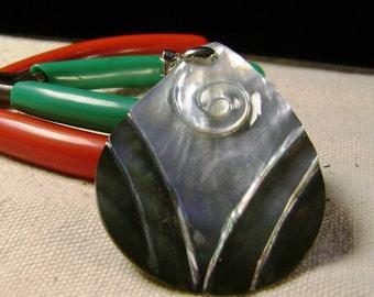 grey mother of pearl tear drop pendant natural 1pcs, SP-3