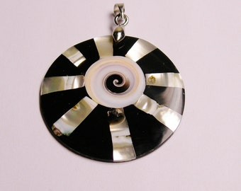 Mother of pearl mix shell  pendant focal  bail included 1 pcs natural, SP-28