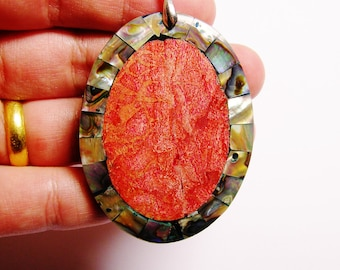Shell pendant focal cabochon 1 pcs bail included, SP-11