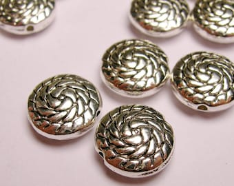 20 round engraved silver disc beads - 20 pcs - ZAS9