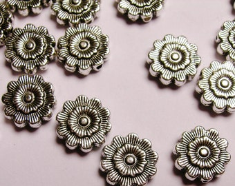 Silver color  beads hypoallergenic- 20 pcs -  engraved shape flower beads - ZAS 55