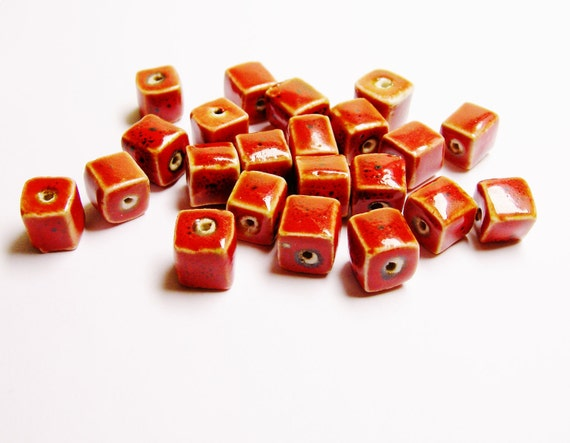 11 pcs Ceramic clay beads 9mm by 9mm square red c5