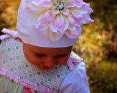 Bloomin' Beanie, color- Sweetpea