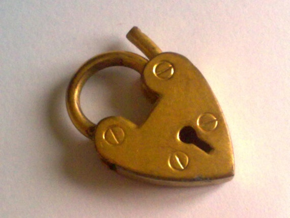 Gold Heart Clasp Charm