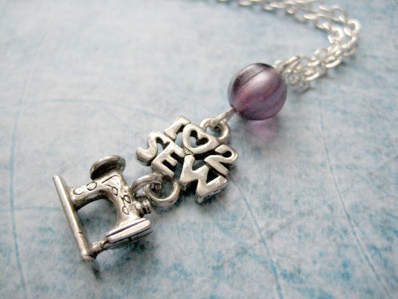 I love 2 sew Necklace