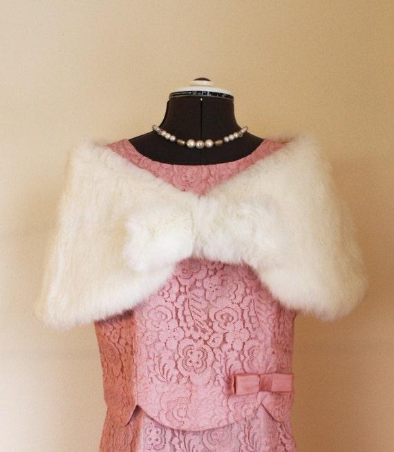 Vintage 1960s White Rabbit Fur Cape Beautiful