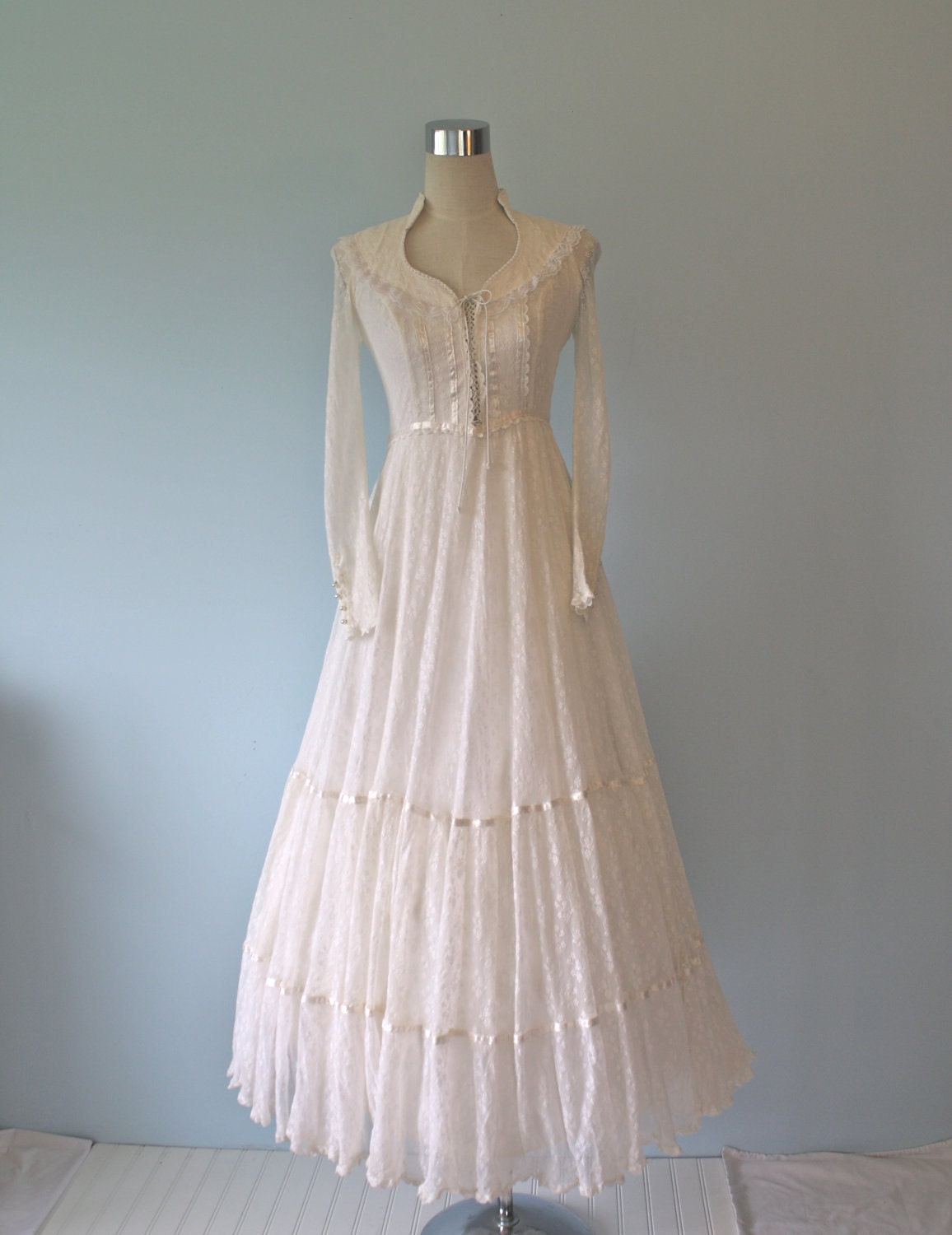 Gunne Sax Ivory White Victorian Wedding Dress By