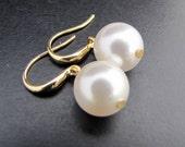 Bridal Earrings, Pearl Earrings,Pearl Bridal Earrings,White Swarovski Pearls,Gold Earrings,Simple Earrings,Wedding Bridal Earrings,Pearl,PAT