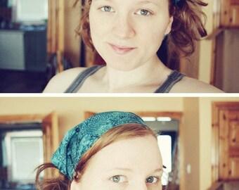 Deep End of the Pool Blue Gypsy Wrap by Julie Bartel, size M or L:  bandana, headband, dread wrap, hippie headband, dreads