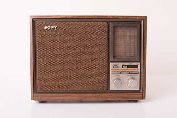 Vintage Working Sony Tabletop AM/FM/TV Radio, Art Deco, Sounds Great
