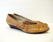 Size 9.5 Light Brown MINI WEDGE Soft Leather Shoes by Bandolino Made in Italy