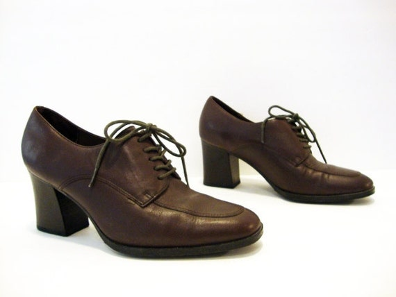 Reserved // Size 7 Chocolate Brown OXFORDS HEELS Shoes