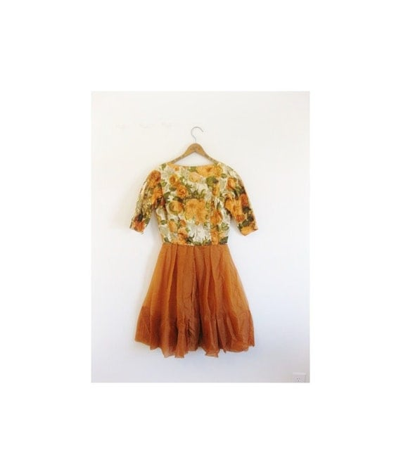 hold hold hold 1950s-1960s LOVELY chiffon floral party dress
