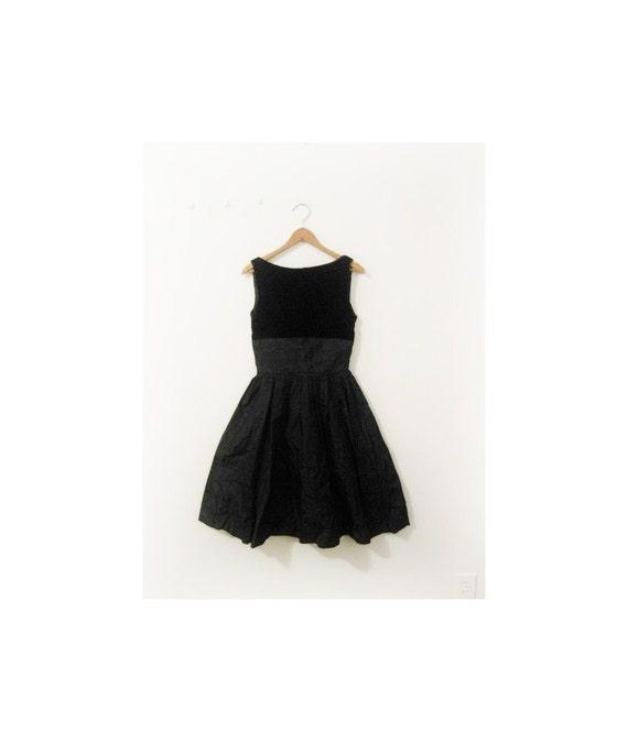 1940s-1950s LOVELY taffeta velvet party dress