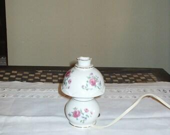 Mini ceramic night lamp