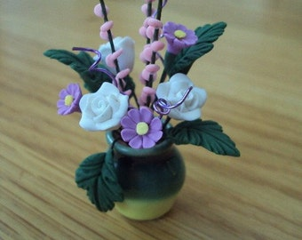 DOLLS HOUSE MINIATURES - Flowers in Vase