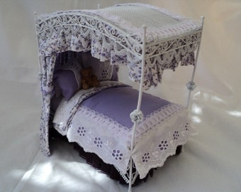 dolls house 1/12th four poster bed - Violet