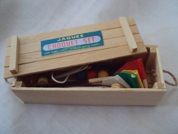 DOLLS HOUSE MINIATURES - 1/12th Croquet Set
