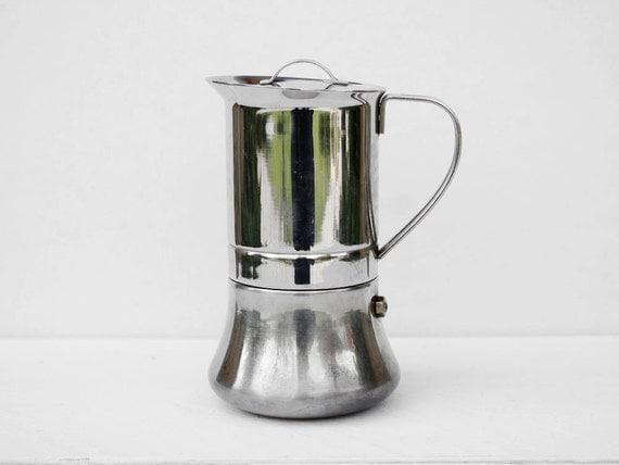 Vintage percolator: An Italian coffee maker